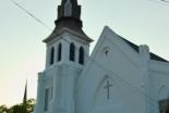 米黒人教会で銃撃事件、9人死亡 21歳容疑者を逮捕 WCCなどが非難