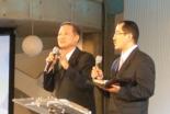 講演する韓国オンヌリ教会主任牧師の河用祚(ハ・ヨンジョ)師(写真左)=23日、東京・淀橋教会で