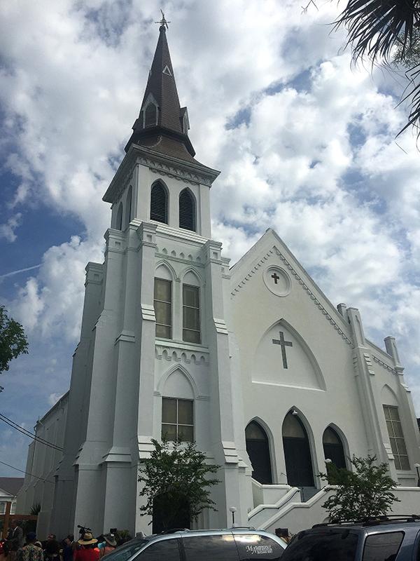 9人が亡くなった銃乱射事件の起きた米サウスカロライナ州チャールストン市のエマニュエル・アフリカン・メソジスト監督(AME)教会(写真:jalexartis)<br />