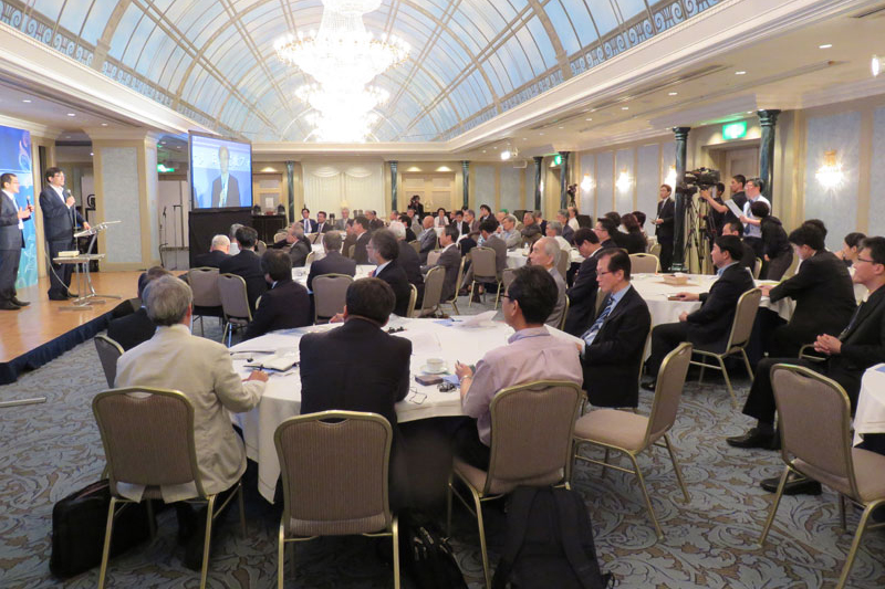 会場には各地域の実行委員長をはじめ日韓の関係者ら約80人が集まった=26日、グランパシフィックLE DAIBA(東京都港区)で