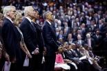 「神の人だった」 オバマ大統領、ピンクニー牧師の告別式で弔辞 即興で賛美も(動画あり)