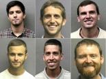礼拝中に大声でヤジ、6人逮捕 容疑者全員が議論ある団体のメンバー