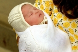 英シャーロット王女が受洗、カンタベリー大主教が洗礼式執行