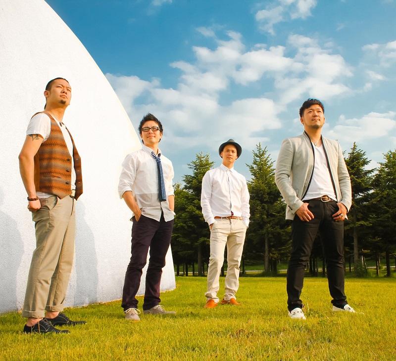 北海道を中心に活動する男性4人組の人気ロックバンド「ナイトdeライト」(写真:日本国際飢餓対策機構)