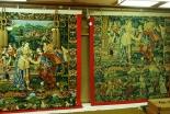 京都・祇園祭 300年伝わる旧約聖書「イサクの結婚」の毛綴飾る函谷鉾