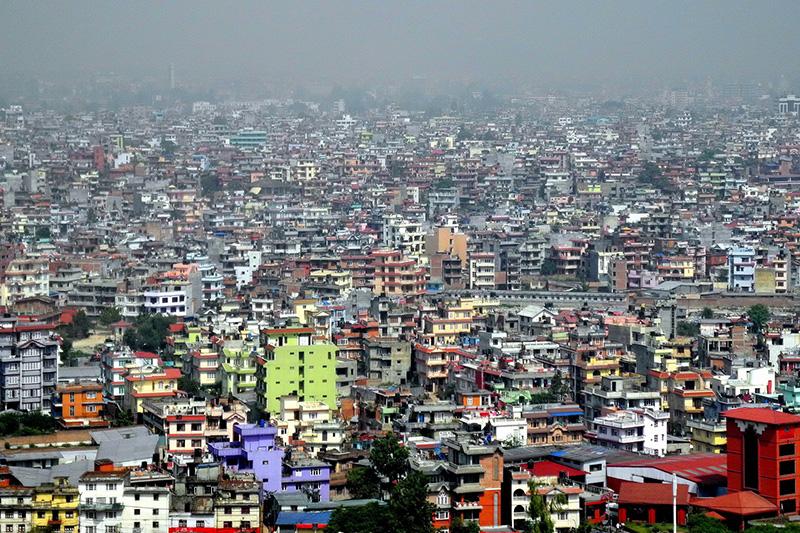 ネパールの首都カトマンズ(写真:Royonx)<br />