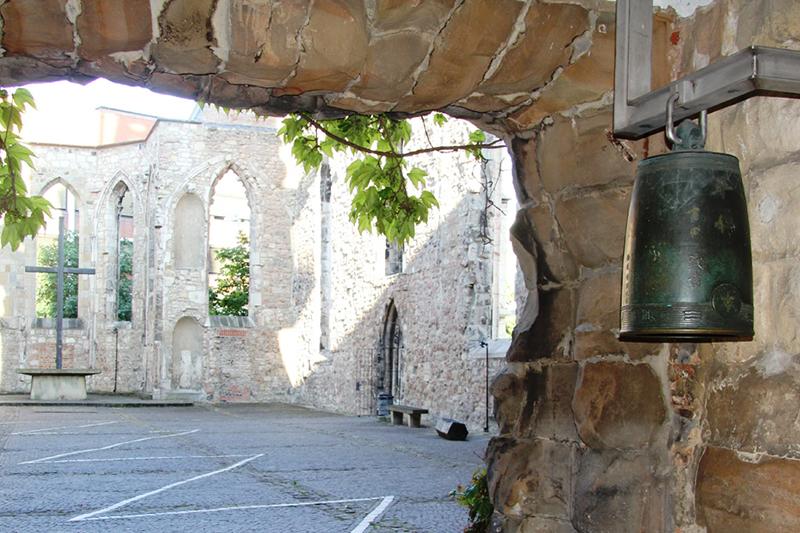 ドイツ・ハノーバーにあるアエギディウス教会の平和の鐘。この鐘は広島からハノーバーへ寄贈されたもので、原爆の犠牲者たちを追悼し、1983年に広島とハノーバーの姉妹都市関係が提携されたのを受けたもの。(写真:ドイツ福音主義教会連盟 / Susanne Eriecke)