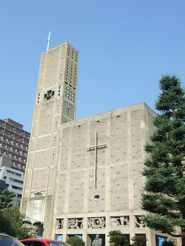 カトリック幟町教会・世界平和記念聖堂(広島市中区)=5日