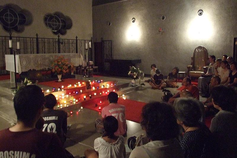 戦後70年目の広島から(2):平和願い、カトリック・聖公会・チベット仏僧らが共同の祈り
