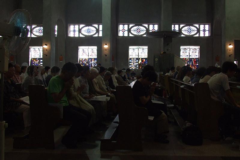 戦後70年の広島から(3):「どうか平和を」 8月6日原爆の日、広島各所でささげられた祈り
