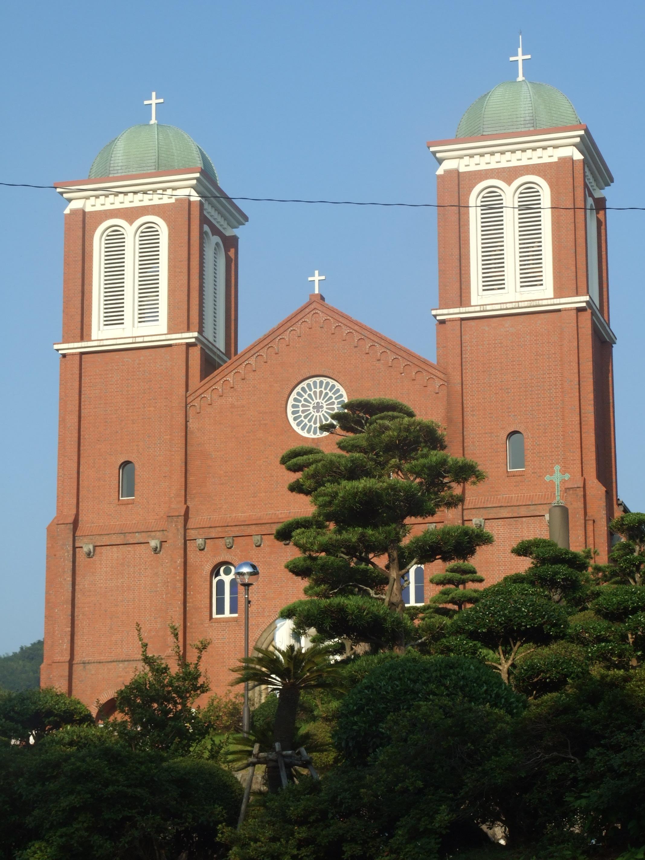 原爆犠牲者追悼ミサが行われた浦上天主堂(長崎市本尾町で)=9日