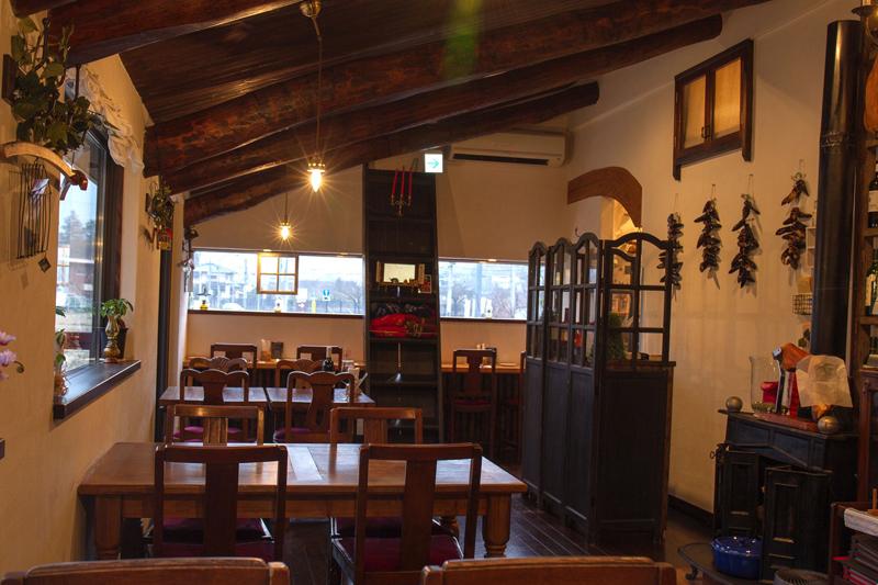 【インタビュー】安心できる自然の料理で人々に幸せを バクス料理店「クーリ・ルージュ」の石川資弘さん