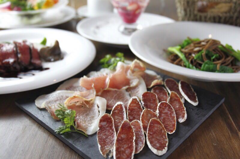 「クーリ・ルージュ」オーナー・シェフ石川資弘さん 安全でおいしい食事への熱い思いを語る