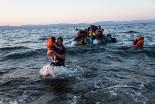 イスラム教徒の難民、ドイツの教会で数百人がキリスト教に改宗