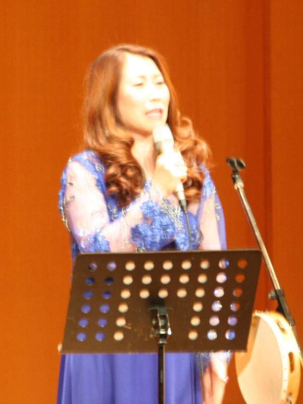 市岡裕子さんの力強いゴスペルに感動 富山で「聖書と音楽の出会い」