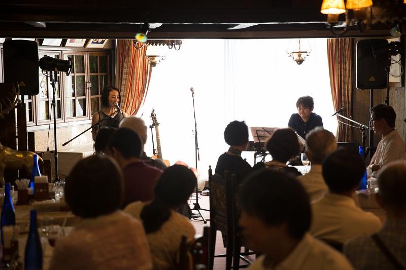 星野富弘さんの詩歌を朗読と音楽で カフェ形式で初開催 「Colors of Tomihiro Cafe」