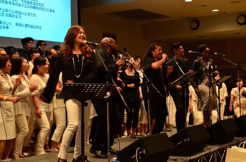 米サドルバック教会のシンガーズが3度目の来日 ワークショプ参加者と天まで届く魂のゴスペル歌う