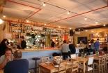 ユダヤ人とアラブ人が一緒に食事すれば半額 イスラエルのカフェが発案