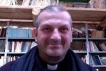 「イスラム国」から解放された神父、拘束中の様子を証言