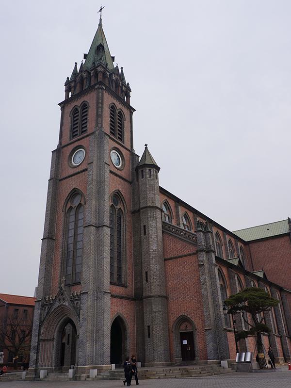 韓国ソウルにある明洞(ミョンドン)聖堂。韓国で最初に作られたカトリックの聖堂(写真:Zubro)