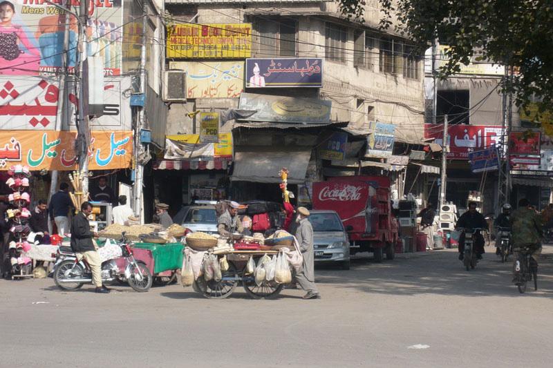 ラホールの街並み(写真:Omer Wazir)