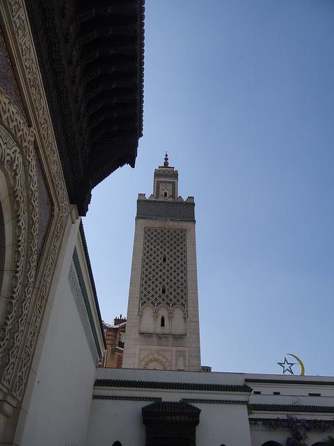 市中心部にあるパリ最大のモスク「グランド・モスケ・ド・パリ(パリ大モスク)」(写真:Esther Westerveld)
