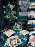 手作りのクリスマスの魅力を味わってみませんか? きうちかつ氏の工作作品 、バイブルハウス南青山で展示中