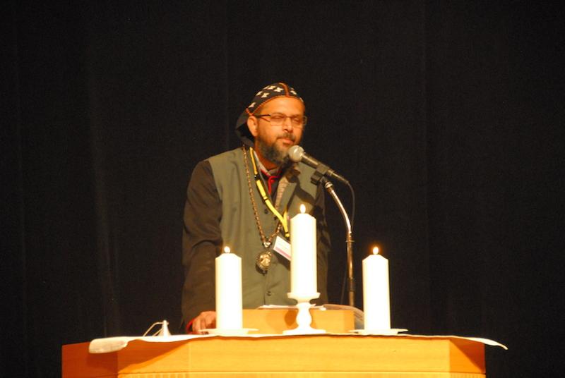 第3回「マイノリティ問題と宣教」国際会議の初日に行われた開会礼拝でメッセージを語る、シリア正教会のジーバジーズ・モル・クリロス主教・博士=11月18日、在日本韓国YMCA地下1階のスペースYで