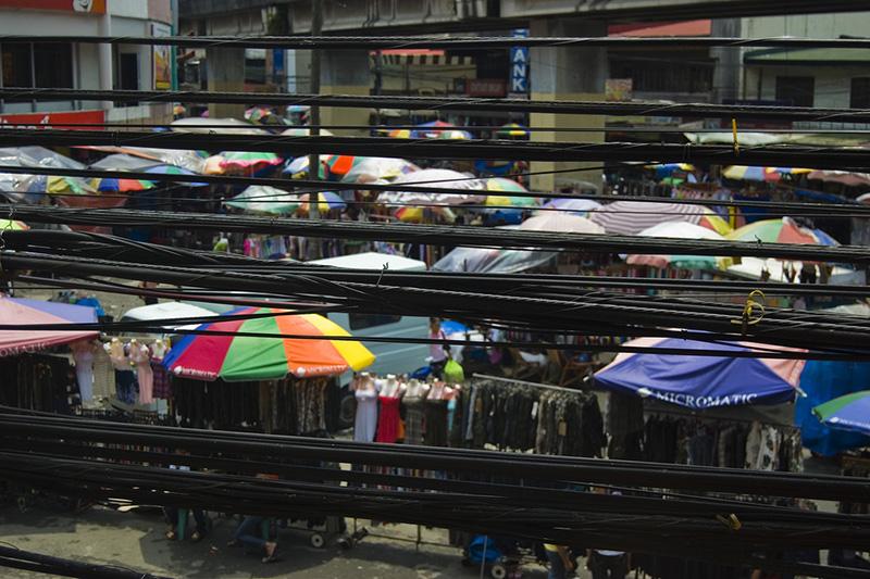 フィリピンの首都マニラの市場(写真:djlah)