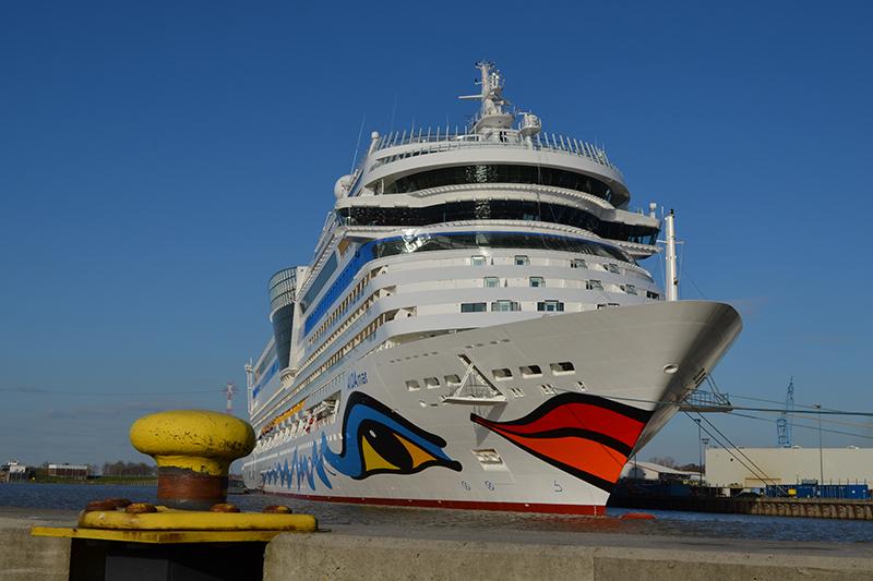 アイーダ・クルーズ(ドイツ)が所有する大型客船「アイーダ・マール」(写真:Thiedbolt)<br />
