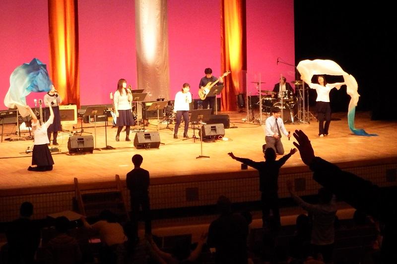 東京福音リバイバル聖会 来日2度目のビル・ジョンソン牧師「力の注ぎが日本という国にある」
