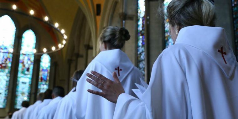 「聖アンセルムス共同体(the Community of St Anselm)」の会員17人が今週カンタベリー大聖堂に滞在し、首座主教たちのために深く祈っていた。(写真:ランベス宮殿)