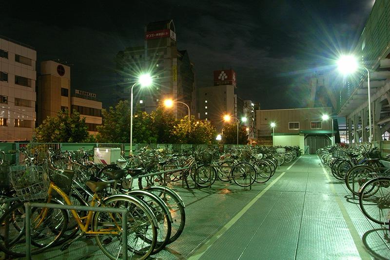 夜の駐輪場 ※ 写真はイメージです。(写真:Jun OHWADA)<br />