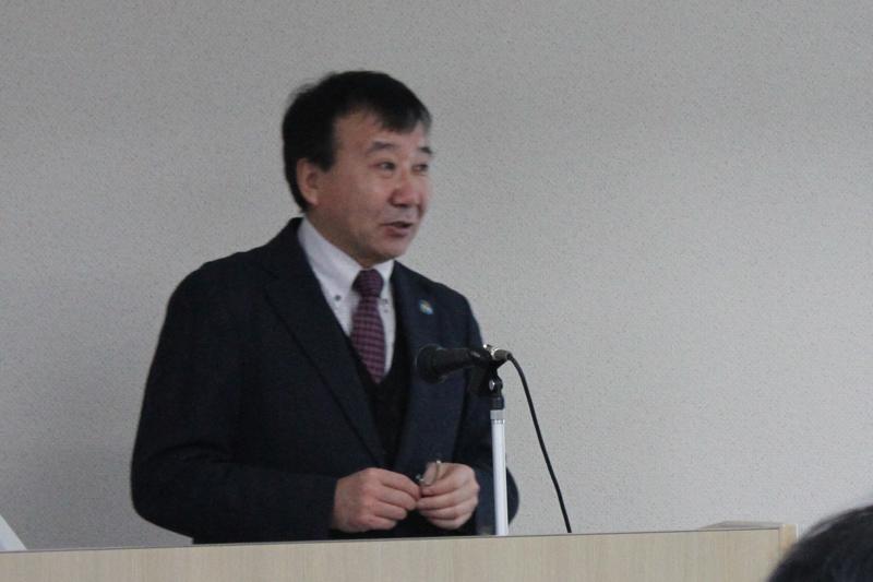 モンゴルとキリスト教の歴史について調査・研究をする桜美林大学リベラルアーツ学群准教授の都馬(とば)バイカル氏。この日の発表では、20世紀初頭のスウェーデン・モンゴルミッションについて報告を行った=1月29日、桜美林大学(東京都町田市)で