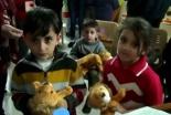 ISから逃れ絶望の中にいるイラク人、難民キャンプで福音を聞く