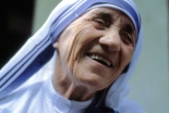 枢機卿会議:新たに5人を聖人として承認、マザー・テレサの列聖式9月に
