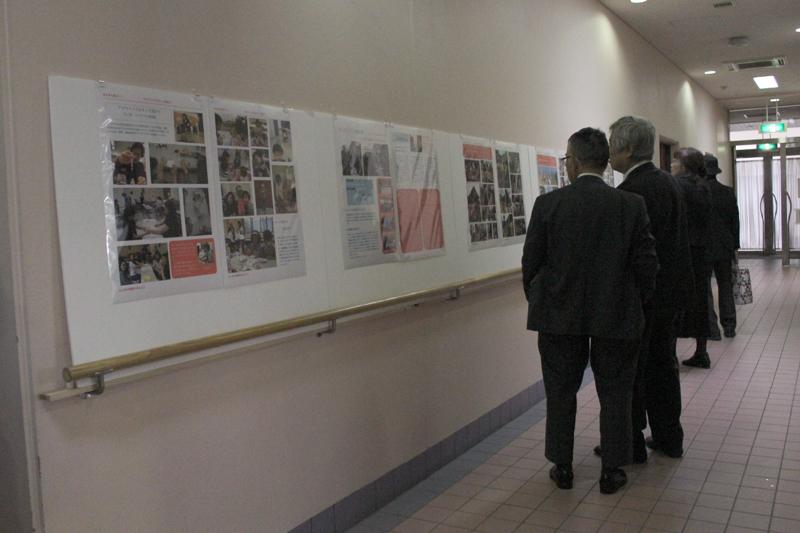 311きらきら展示会=5日、ニコラ・バレ修道院(東京都千代田区)で