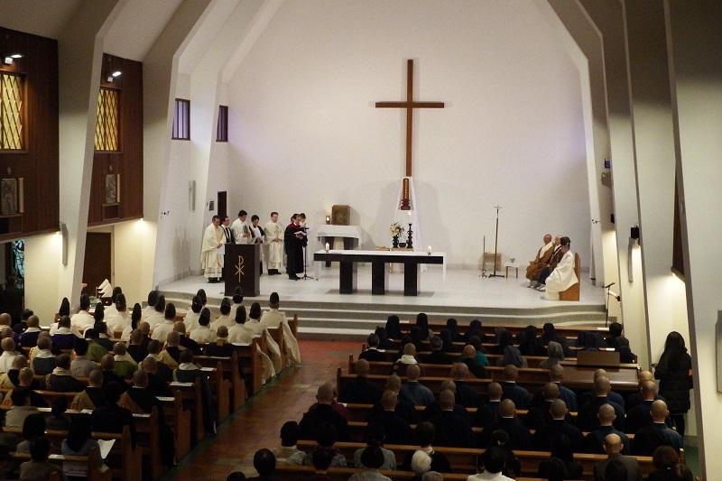東日本大震災5年 鎌倉の三宗教がカトリック教会で合同祈願