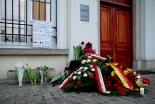 ベルギー自爆テロ:死者数が増えるにつれ祈るキリスト教徒