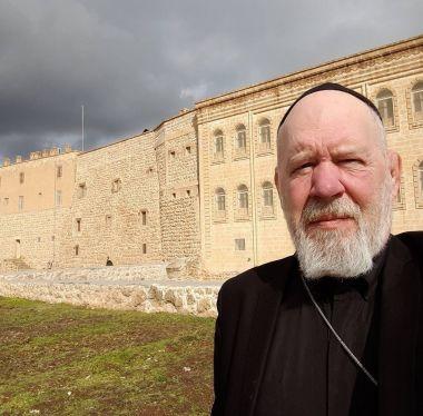 デール・ジョンソン神父は過去30年間を中東で過ごし、そのほとんどをトルコ南東部、イラク北部とシリアで過ごした。(写真:フェイスブック)