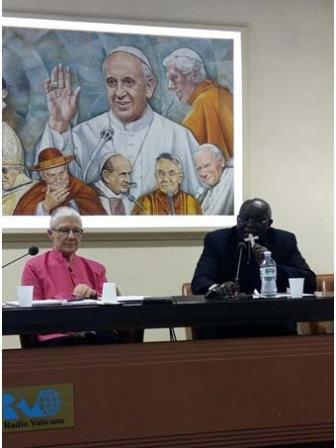 カトリックの平和運動家ら、国際会議で「正義の戦争」を否定 1700年間にわたる教会の教えに変革求め