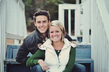 デイビー・ブラックバーン氏と妻のアマンダ・グレイス・ブラックバーンさん(写真:Facebook)