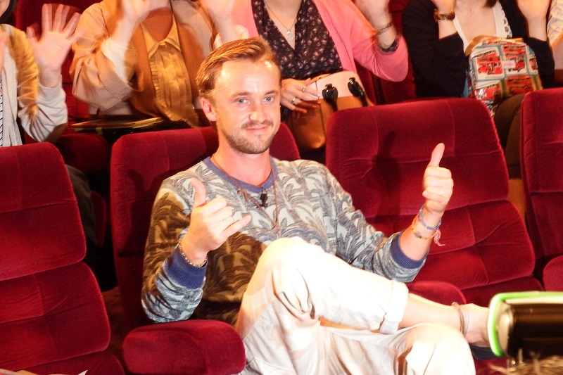 映画「復活」出演、英俳優トム・フェルトンが舞台挨拶「僕の人生が変わった」
