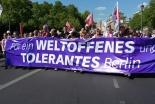 難民への寛容求め 3千人がベルリンの教会行進に参加