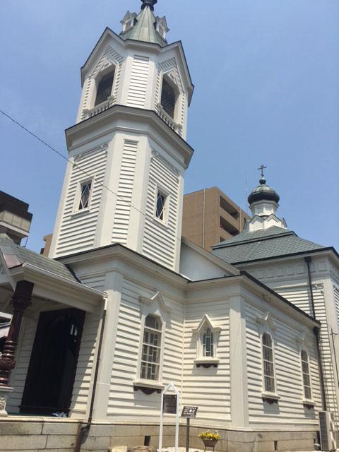14年ぶりの修復で建築当時の白亜の輝きが戻る 京都ハリストス正教会で修復成聖式
