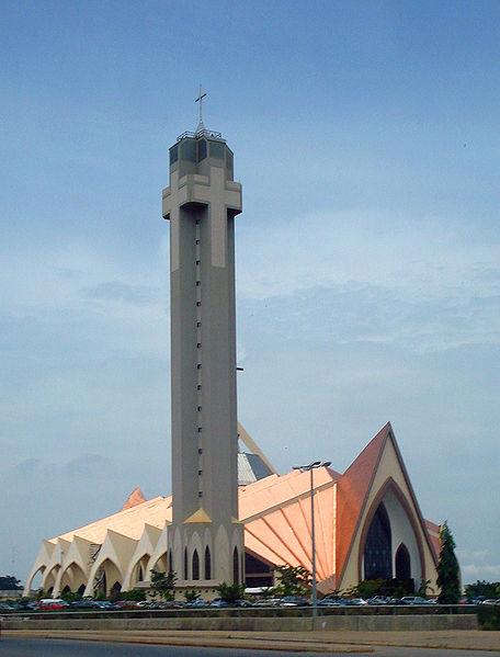 ナイジェリアの首都アブジャにあるナイジェリア国立教会(写真:Moises.on)<br />