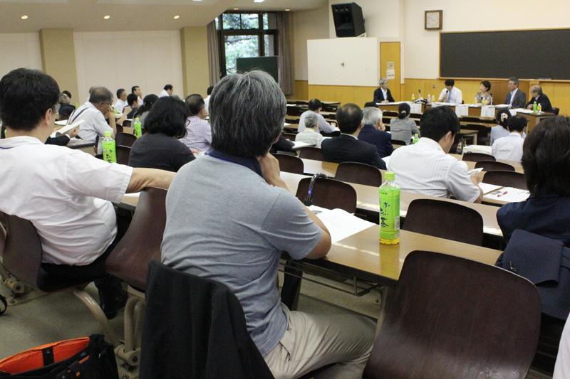 日本キリスト教教育学会の第28回学会大会の様子=25日、明治学院大学(東京都港区)で