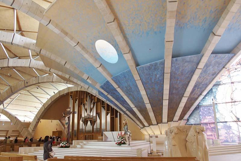 レンゾ・ピアノピオ神父巡礼教会