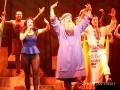 ミュージカル「ヨセフ」が渋谷で初日迎え、応援サポーターの石丸幹二らがレッドカーペットに登場