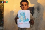 「僕を助けに来て」 シリアの子どもたち、ポケモンの絵掲げて世界に懇願